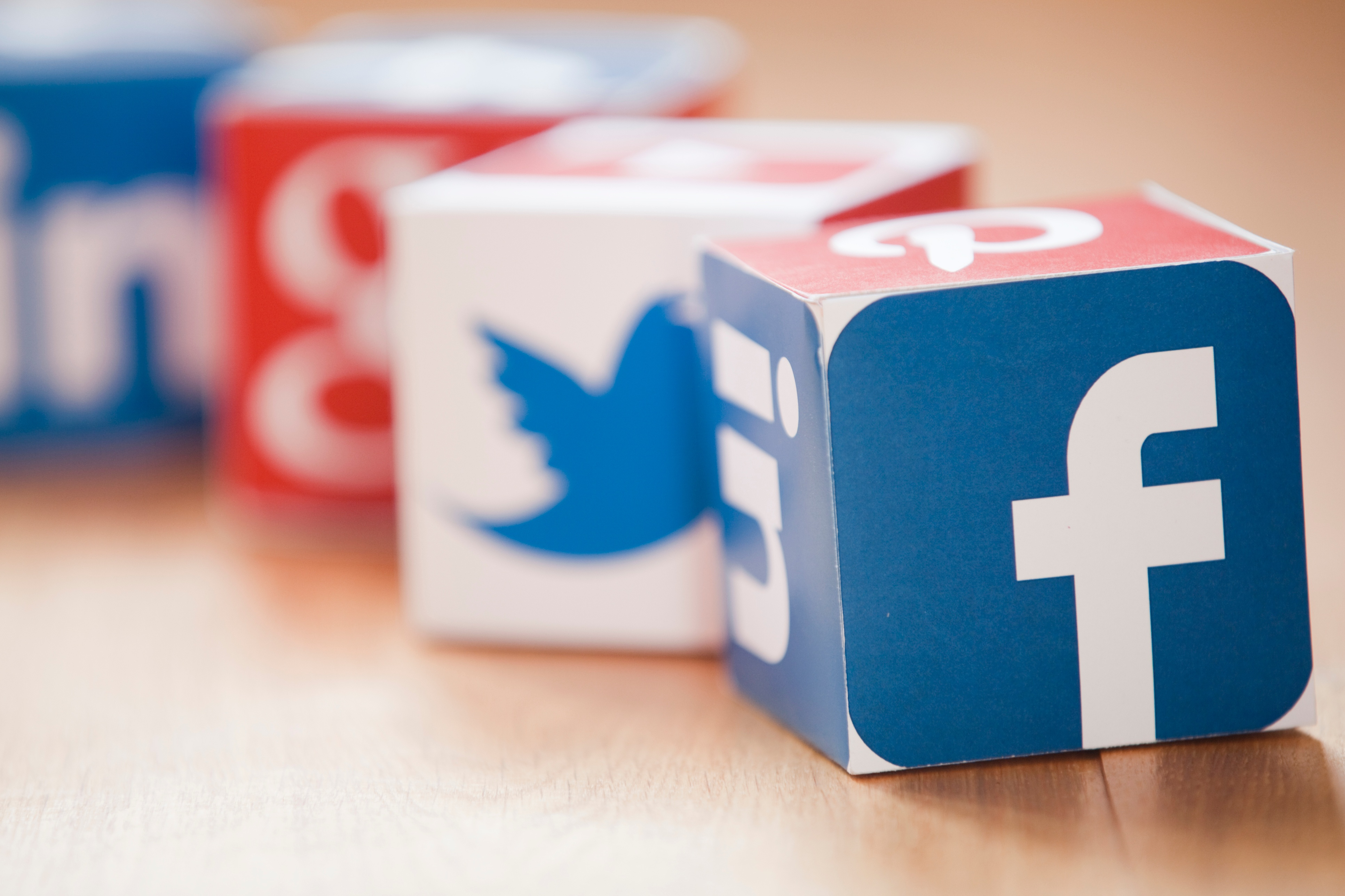 facebook-marketing-strategy-cubes.jpg
